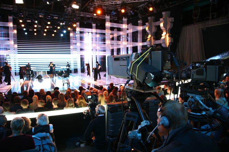 Describing a TV show (IELTS Speaking Part 2): ESL/EFL Lesson Plan